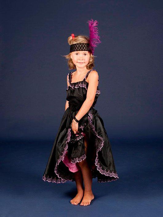Cabaretera_niña años 20_traje negro