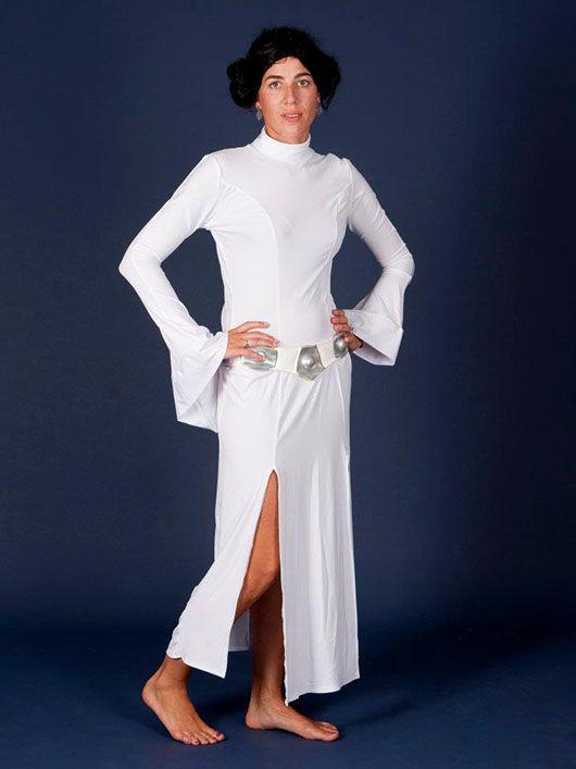 Mujer_traje largo blanco
