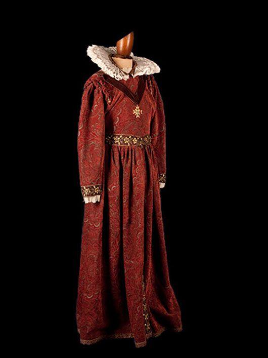 dama medieval_traje victoriano