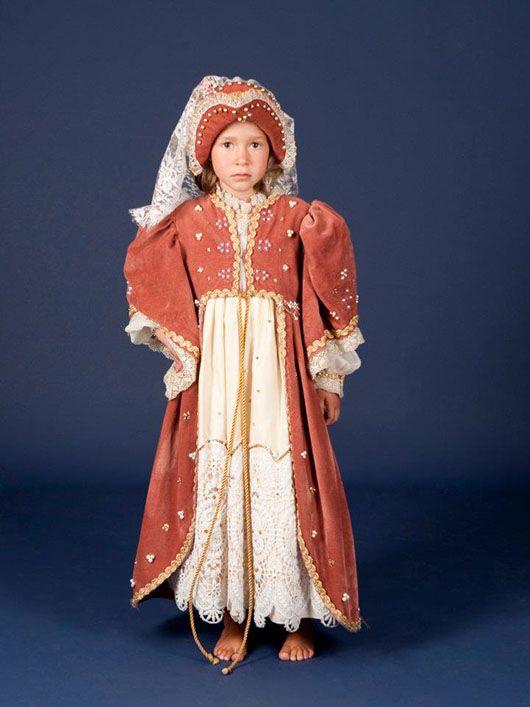 infanta medieval_traje naranja y beige